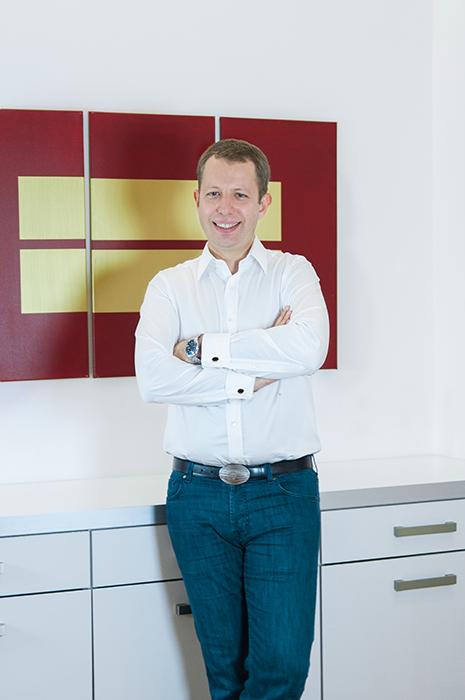 dr-oleg-kheyfets-urologe-in-wien-portrait-vita